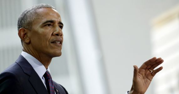 Obama returns to campaign trail for Dems in governor's races