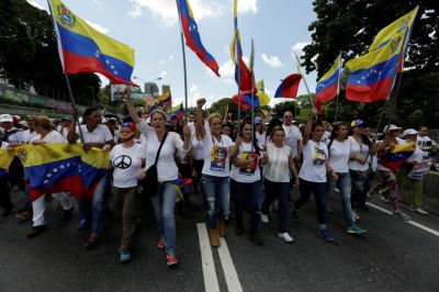 Opponents Vow to Put Venezuela's Maduro on Trial for Abandoning Democracy