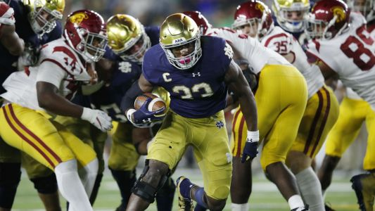 College football rankings: Michigan drops out for first time in 2 years, Notre Dame rises again