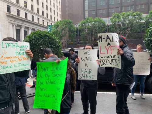 Lyft drivers are protesting outside the San Francisco hotel where company executives are pitching investors for its $21 billion IPO