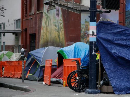A proposed emergency measure in San Francisco would order the city to find 7,000 hotel rooms to shelter its entire homeless population