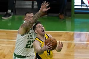 Walker's season-high 32 lifts Celtics over Pacers 118-112
