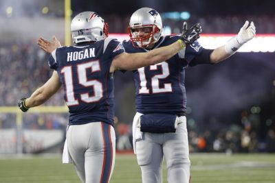 Brady and Patriots win AFC, crush Steelers 36-17