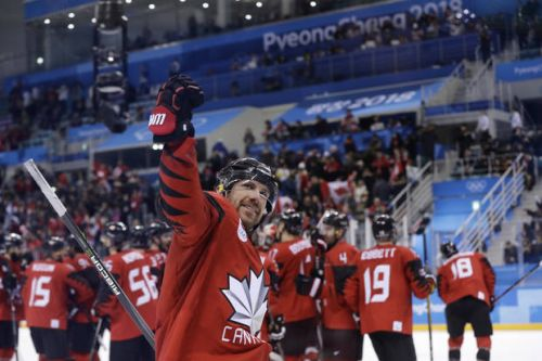 Canada, Russians get dream draw to reach gold-medal game