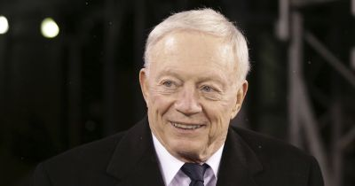 Jerry Jones backs Elliott again as Cowboys prep for camp