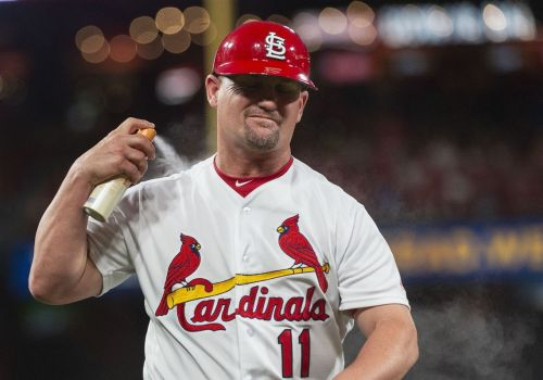 Cardinals' Stubby Clapp emerges as candidate for Pirates manager