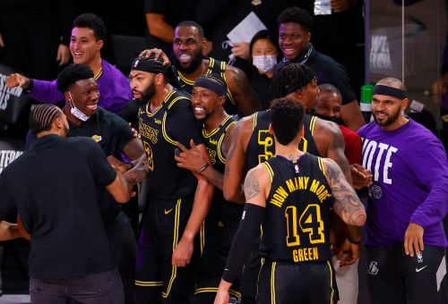Anthony Davis buzzer-beater gives Lakers dramatic Game 2 win