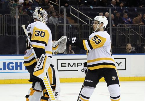 Penguins erase early deficit, clobber Rangers, 5-2