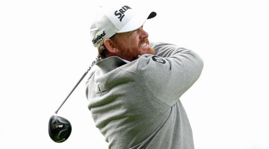 Genesis Open: J.B. Holmes edges out Justin Thomas to win 5th PGA Tour event