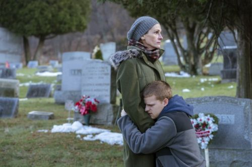 'Ben is Back' a well-acted tale of addiction's toll