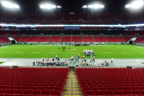 Super Bowl 2021 won't have many fans in attendance