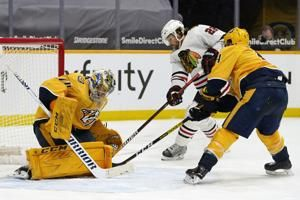 Duchene's leads Predators over Blackhawks 2-1 in shootout