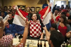 Tens of thousands give heroes' welcome to Croatia team