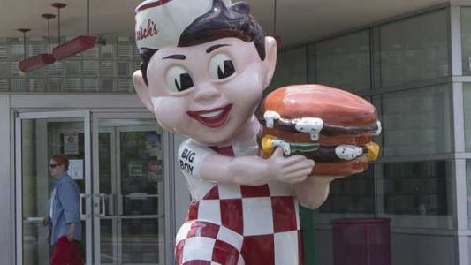 An alcohol-selling Frisch's Big Boy coming to CVG Airport