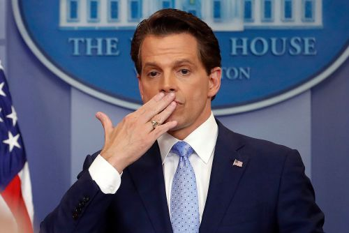 Anthony Scaramucci spills about Trump in tell-all book