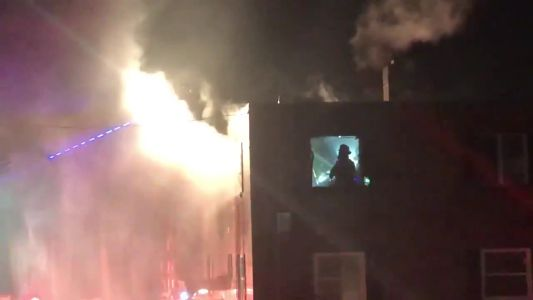 2 people injured in 4-alarm fire in Reading
