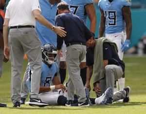 Titans' Vrabel expects to use 2 QBs against Texans