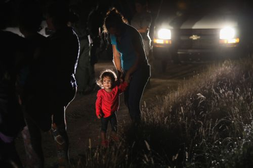Government details how separated families will be reunited