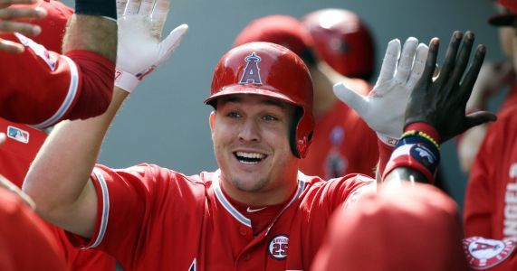 AP source: Trout, Angels close to record $432M, 12-year deal