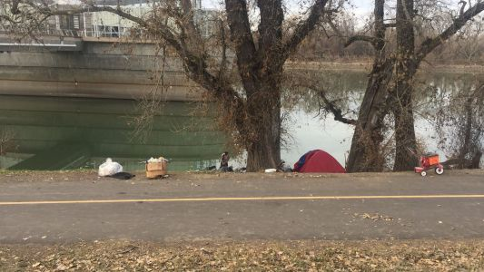 How should Sacramento County handle homeless along American River? Solutions divided