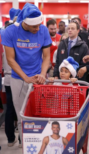 Thunder players score with shopping baskets