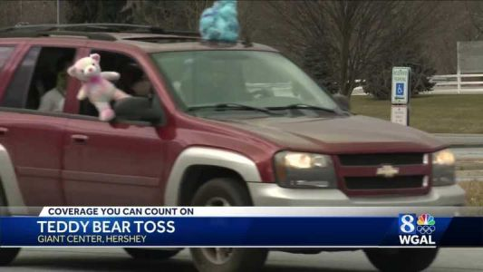 Drive-thru Teddy Bear Toss with the Hershey Bears collects 31,381 plushies