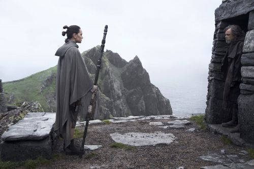 Here's how the cast of 'Star Wars: The Last Jedi' looks in real life