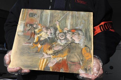 Stolen Degas painting found in suitcase on bus