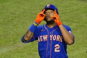 Mets avoid arb with 8 players, including Lindor, Conforto