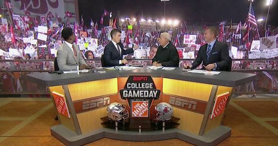 ESPN brings 'College GameDay' to Pullman, but it's the Cougar fans who put on a show