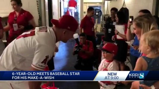 Baseball star Mike Trout grants 6-year-old Iowan's wish