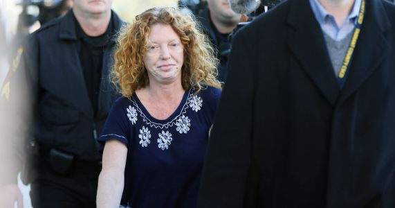 'Affluenza' teen's mom to remain jailed pending trial