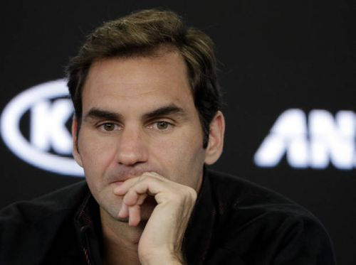 Federer deflects attention to Nadal, Djokovic in Australia