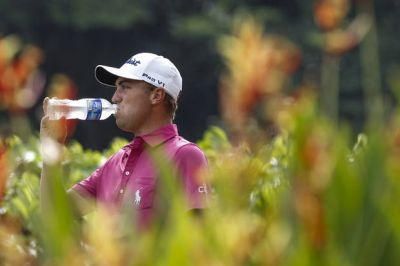 Thomas successfully defends CIMB Classic title