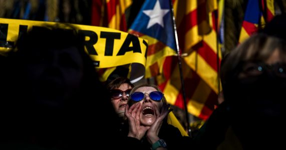 Former Catalan leader seeks long-distance 'tech' government