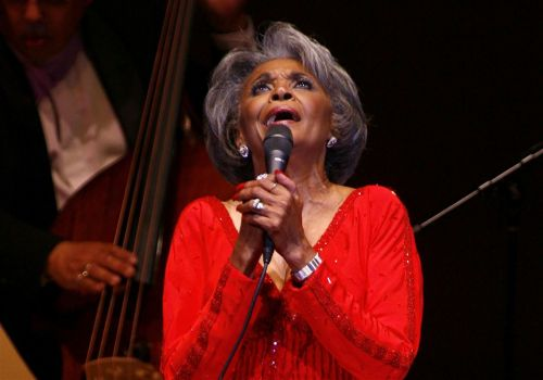 Nancy Wilson, jazz singer who turned songs into stories, dies at 81