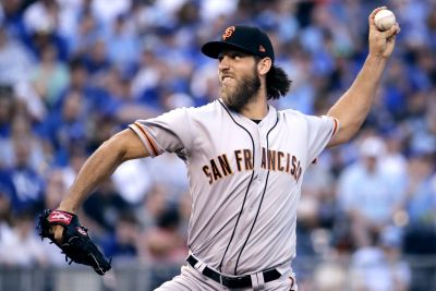 Giants ace Madison Bumgarner injured in dirt bike accident