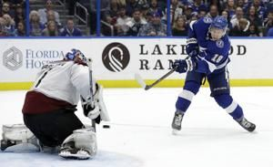 Stamkos has 4 points, Lightning beat Avalanche 7-1