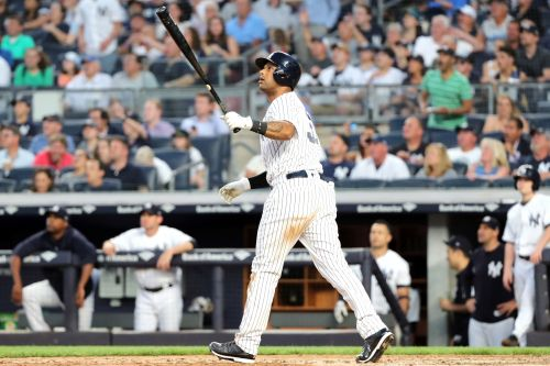 Aaron Hicks becoming a force from the right side