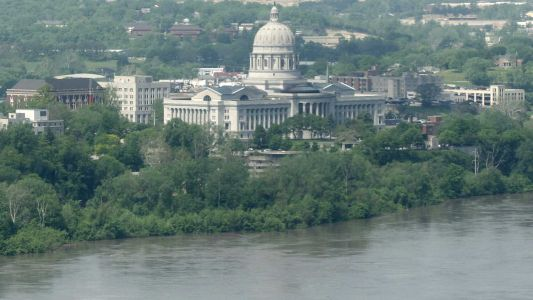 Evacuation order issued for parts of Jefferson City ahead of expected levee breach