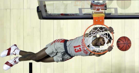 Houston gets comfortable in NCAA tourney, routs Georgia St