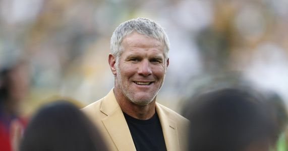 Favre says he went to rehab 3 times to fight addictions