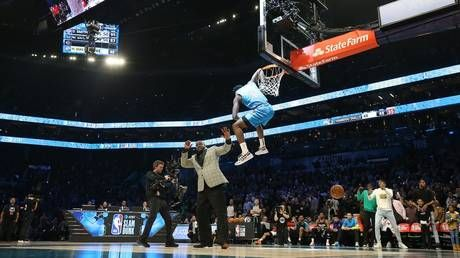 WATCH: Diallo incredibly dunks over Shaq to win NBA All-Star contest