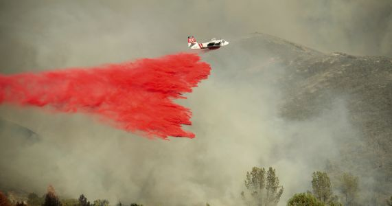 Northern California wildfires prompt evacuations, burn homes