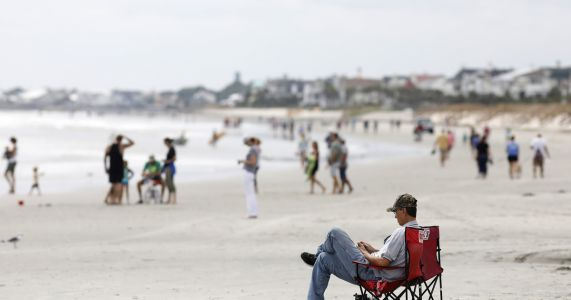 Environmental groups suing over offshore drilling tests