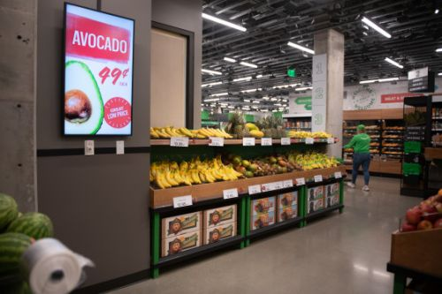 Check It Out, Sans Checkout: Amazon Opens First Cashier-Less Grocery Store in Seattle