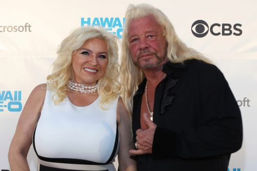 'Dog the Bounty Hunter' posts tribute to wife Beth, in coma fighting cancer
