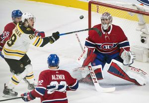 Pastrnak has 2 goals, Bruins top Habs for 3rd time in 8 days