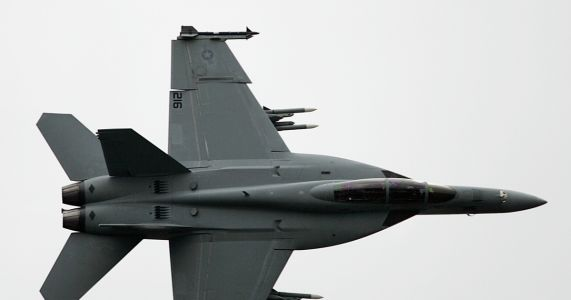 Trudeau plans to buy used Australian F-18 jets amid Boeing spat