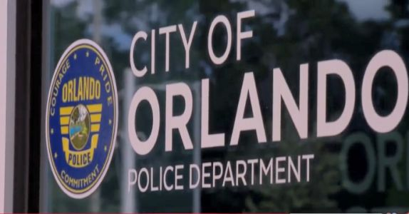 Orlando police: Mother, 1-year-old safe after kidnapper crashes car into ditch